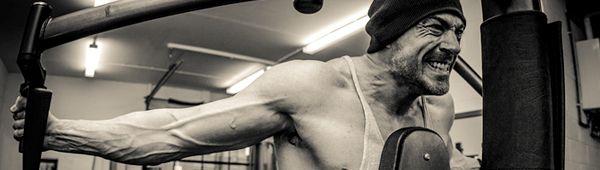 1200 повторений: взрывная тренировка для плеч