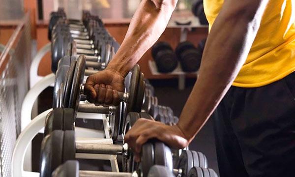 Выбирайте для начала свободные веса